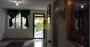 Robledo, 4 Habitaciones Habitaciones, ,2 BañoBaño,Casa,En Venta,2281